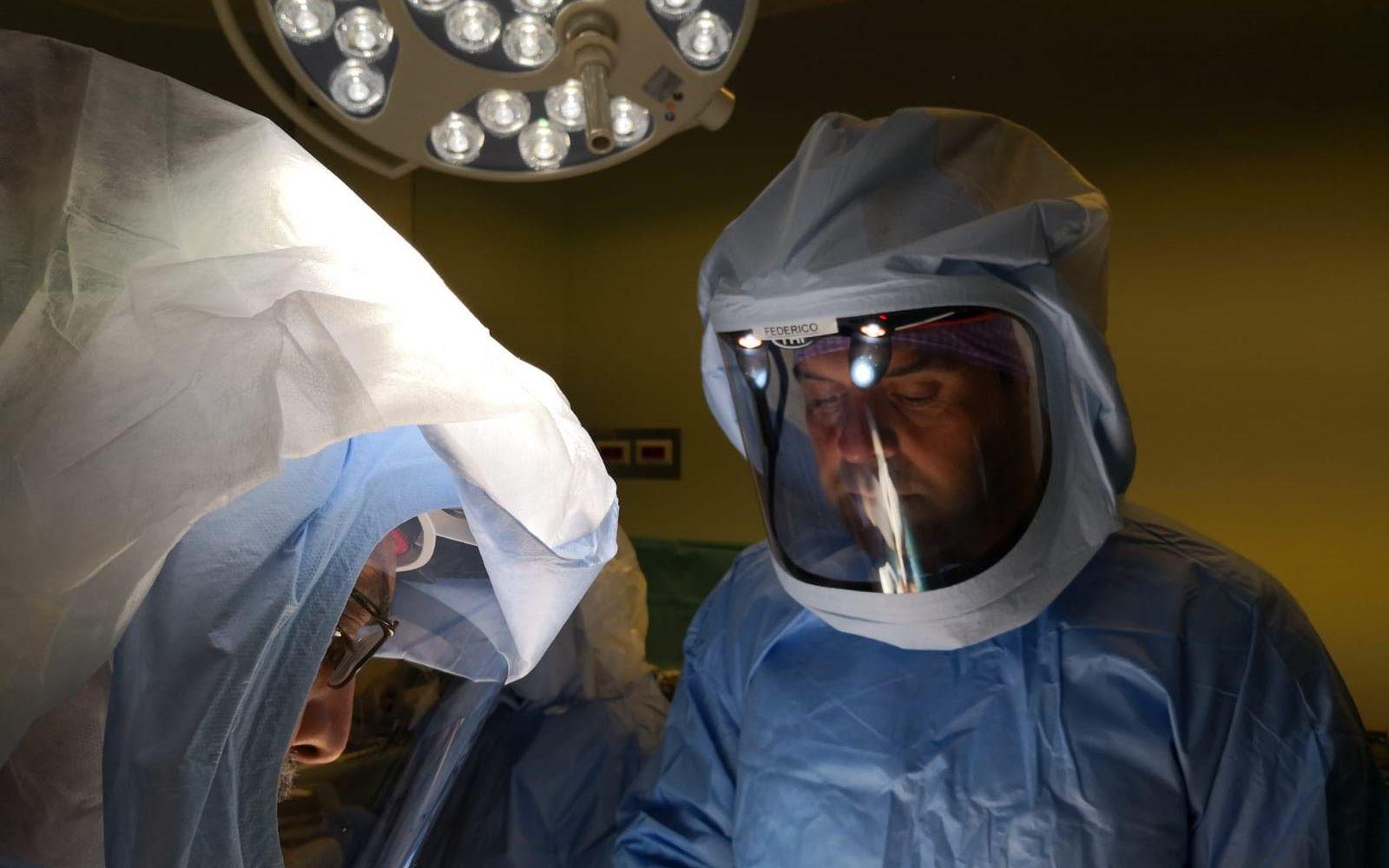 OPFederico D'Amario chirurgo ortopedico protesi ginocchio monocompartimentaleERAZIONE CHIRURGIA RIGENERATIVA